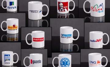 Kubki ceramiczne<br />z logo firmy
